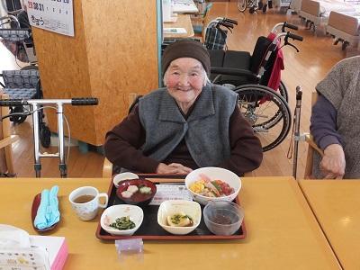 H本田千重子様100歳.jpg